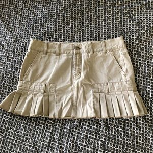 American Eagle khaki pleated skirt 12
